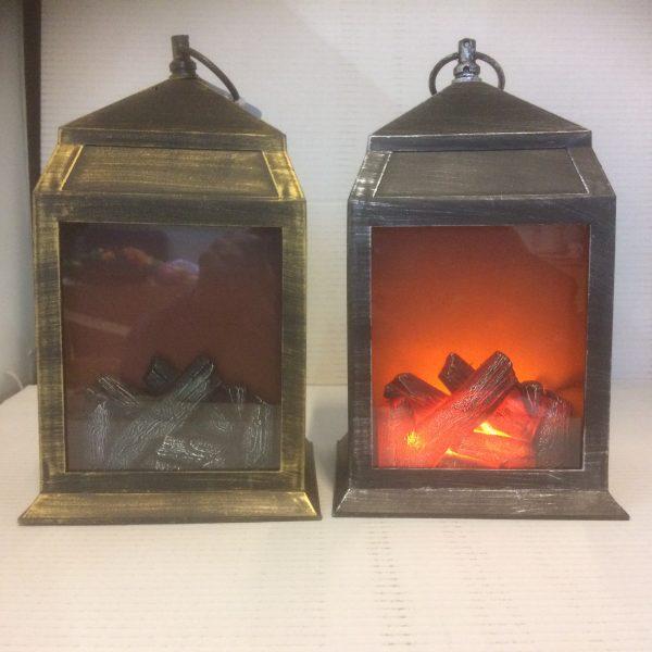 Lampion dekoracyjny imitujący kominek