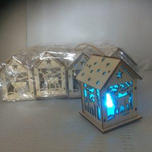 Zawieszka domek z drewna świecący